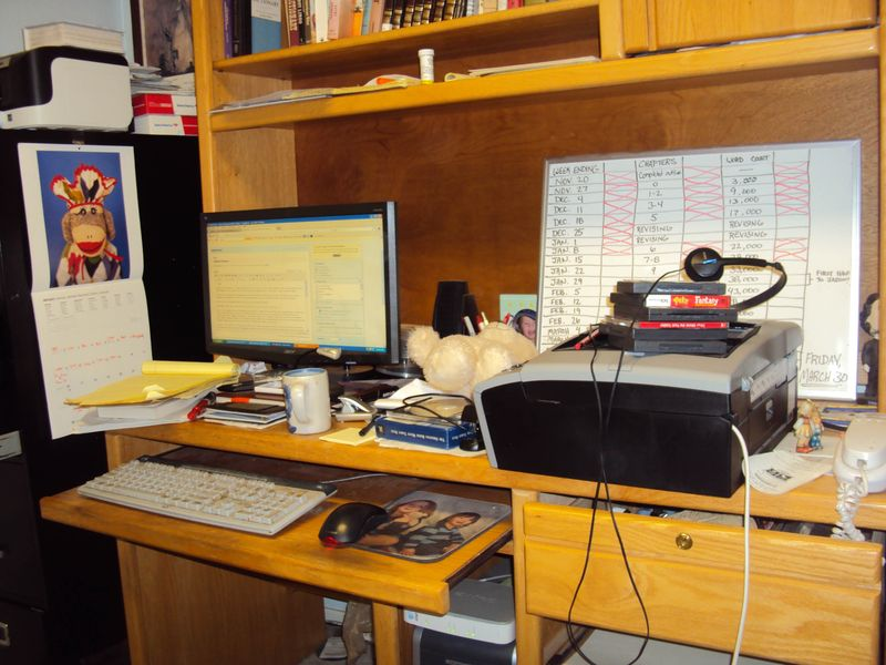 Desk junky